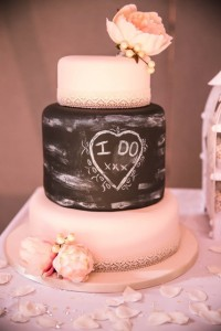 3 tier chalkboard wedding cake